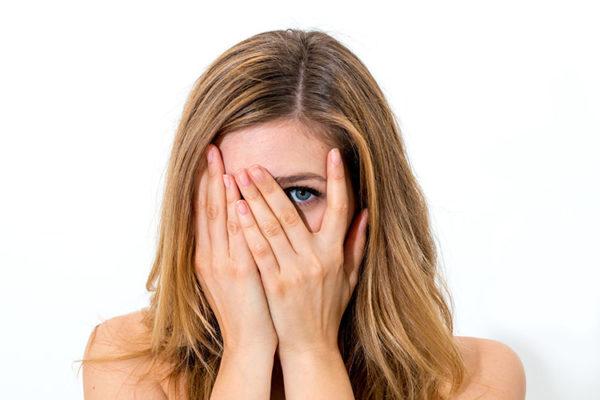 好意を隠す女性心理を10分で見抜く承諾誘導術